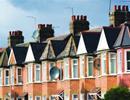 Giá thuê nhà ở Vương quốc Anh tăng 2,6% so với năm ngoái