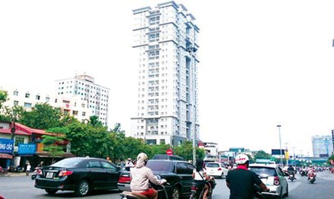 E4D langphivamumotrachnhiem Những tòa nhà tái định cư bỏ hoang: Mập mờ và lãng phí