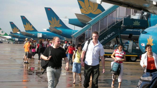 BA6 khan cap mo rong san bay tan son nhat 1 Khẩn cấp mở rộng sân bay Tân Sơn Nhất