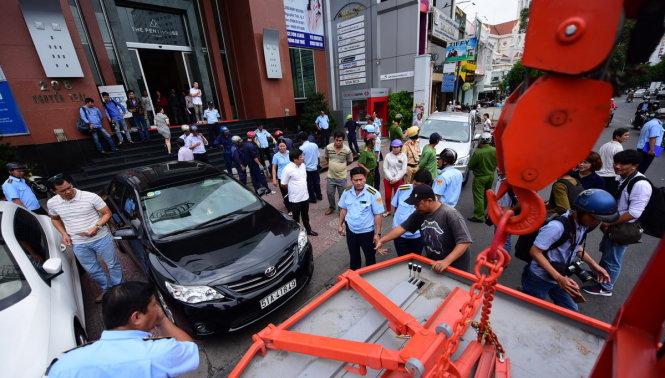 AED congtrinhcoquannhanuoc 2 Cơ quan nhà nước TP.HCM bị tháo dỡ vì lấn chiếm vỉa hè