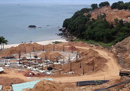 B2C betonghoa 2 Chuyên gia lo bán đảo Sơn Trà bị phá hủy vì bê tông hóa