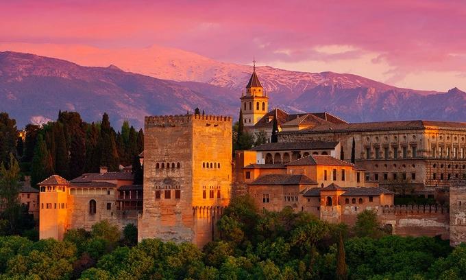 10 cung điện đón khách nhiều nhất thế giới