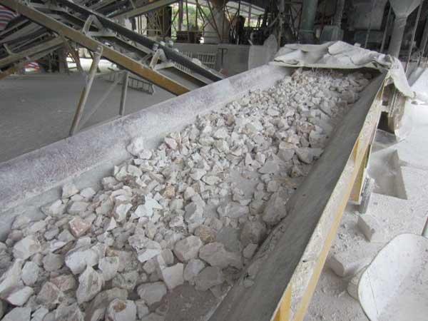 Xuất khẩu đá vôi xây dựng