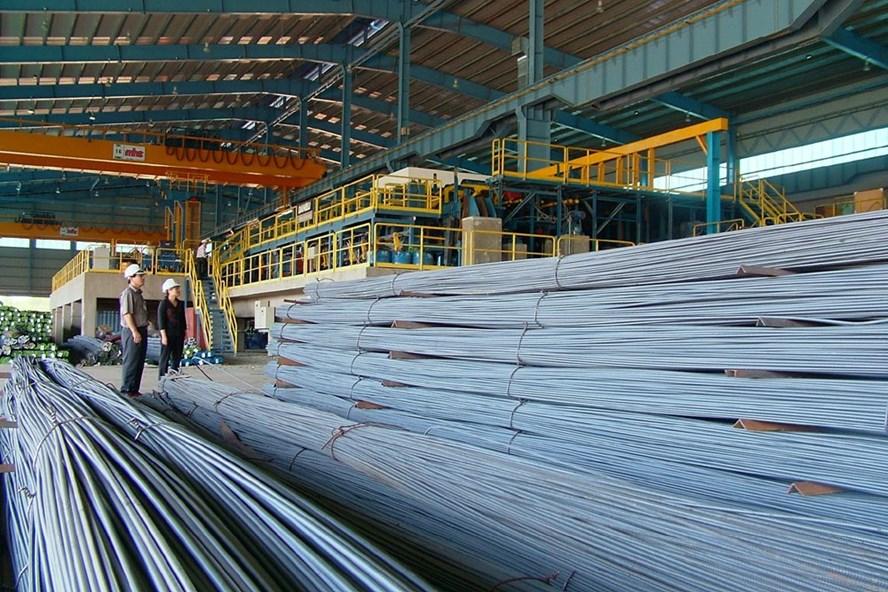 Chiến tranh thương mại Mỹ – Trung: Cơ hội và thách thức cho ngành thép Việt Nam
